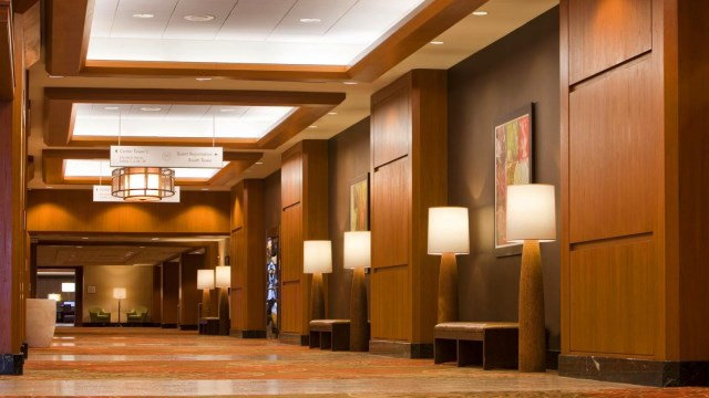 sheridan dallas convention center corridor